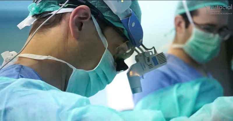 Cirujano estético facial Dr Macía Colón
