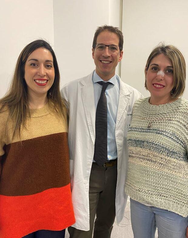 Doctor Macia con pacientes