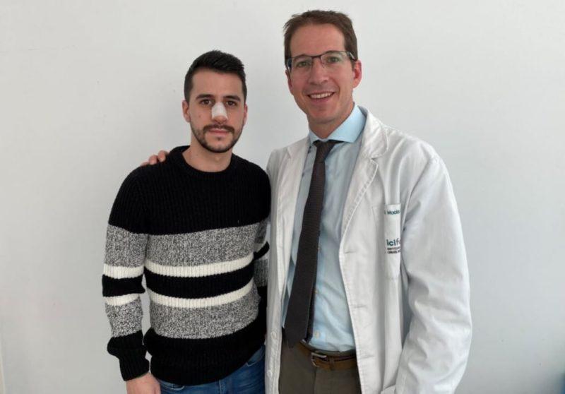 Doctor Macia con paciente